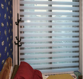 Triple-shade-eavin-blinds-03